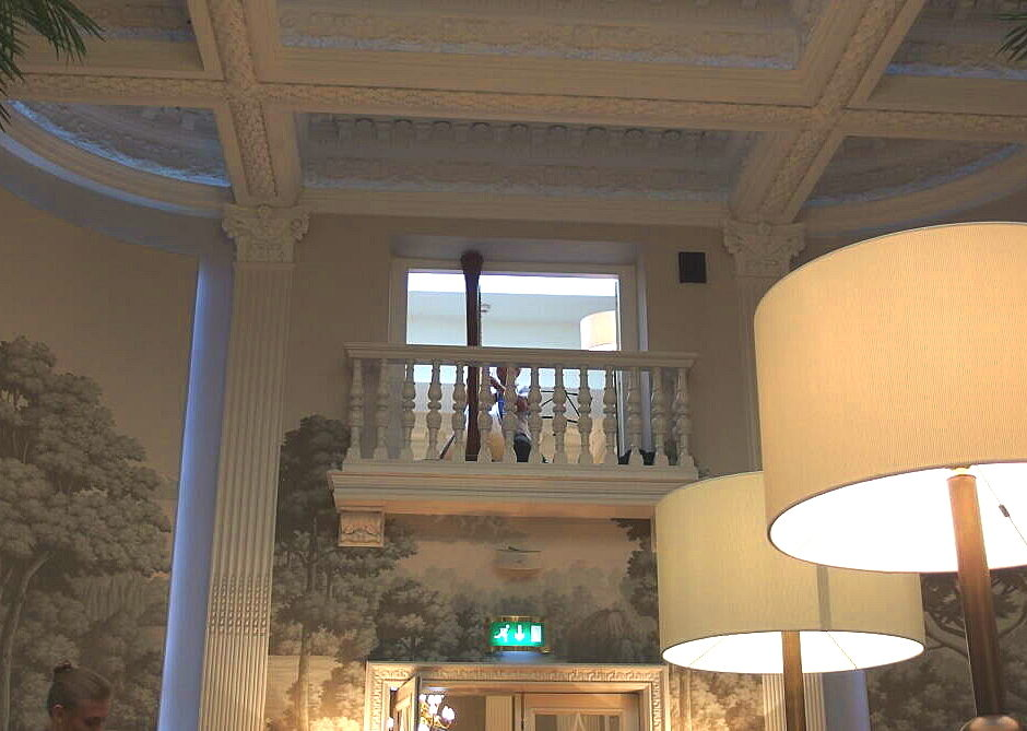 バルモラルホテルのハープ演奏