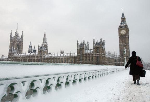 英国アンティークス・オフィシャルブログ-雪の英国