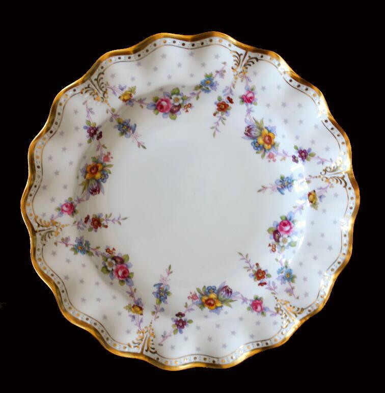 美しい国、英国のアンティーク&カントリーライフ-Royal Antoinette Dinner Plate
