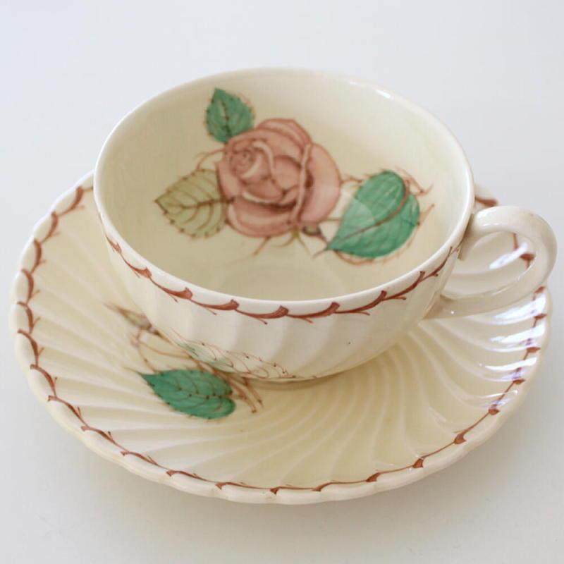 英国アンティークス・オフィシャルブログ-Susie Cooper Patricia Rose Spiral shape