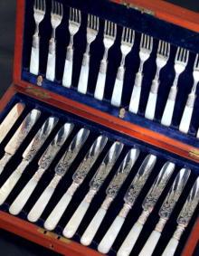 英国アンティークス・オフィシャルブログ-1898年製シルバー・デザート・カトラリー